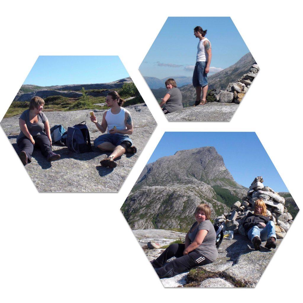 Tredelt bildecollage: første bilde kvikk-lunsj-pause på bart fjell. Bilde to og tre er bilder hvor jeg og Eivind og jeg og Viktoria nyter utsikten fra en steinvarde høyt oppe.