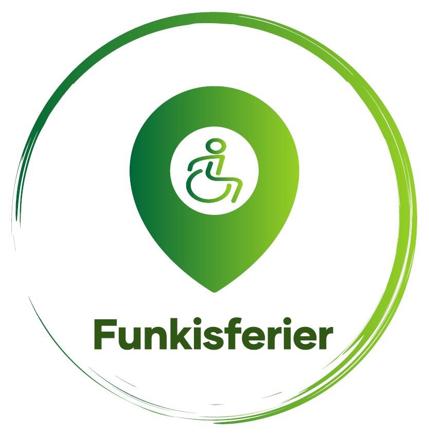 """Logoen er grønn og består av en sirkel. Inni sirkelen er en plasseringsmarkør med et rullestolsymbol midten av markøren. Under markøren står det """"Funkisferier""""."""