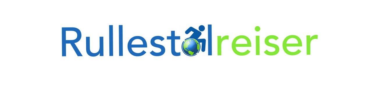 Logo: Rullstolreiser. Rullestol står i blått og reiser i lysgrønt. O'en i rullestol viser bildet av en globus som erstatning for rullestolhjul og en aktiv rullende person.